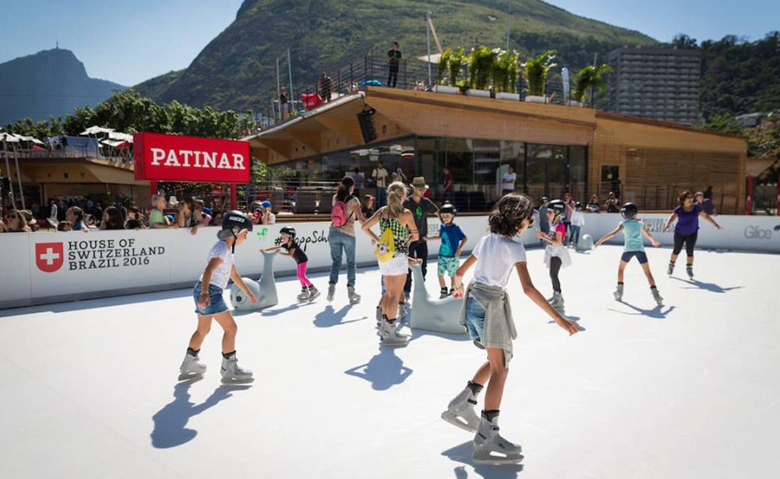 Synthetic-ice-rink-at-the-Olympic-Summer-games-2016-in-Brazil